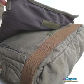 Canvas shoulder bag army green