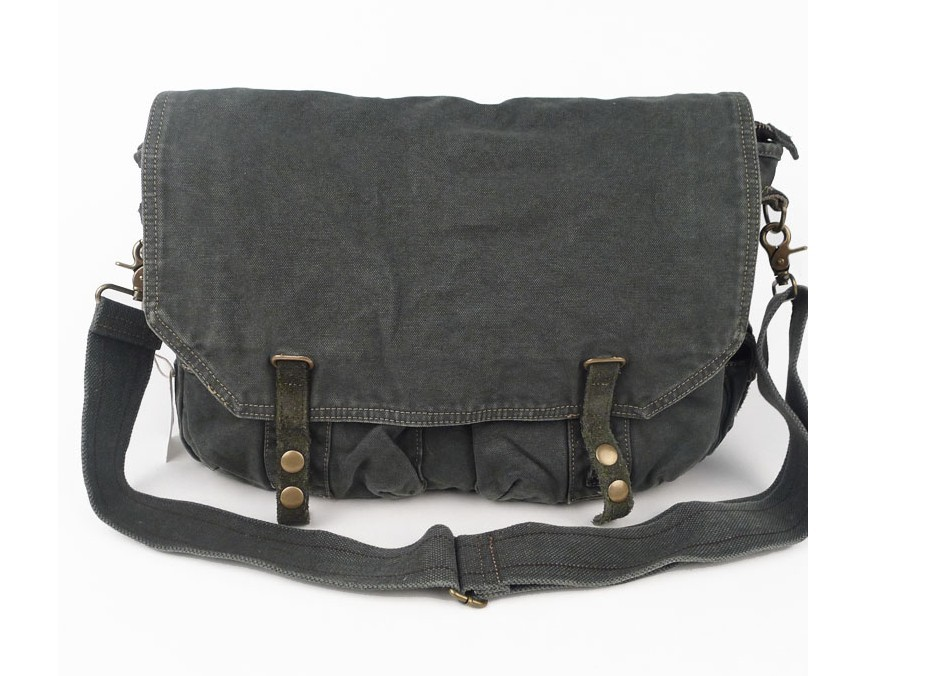 View all bags Looking for a new school bag or a decent sized messenger bag? Check out our great range of messenger bags from some of the top brands including, Nike, adidias, Puma and many more! They're ideal for carrying the essentials!