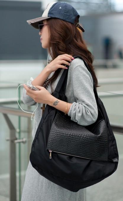 Black Nylon Shoulder Bag 78