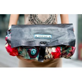 womens messenger bag