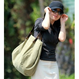 green Canvas shoulder bag