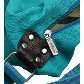 Simple messenger bag for women